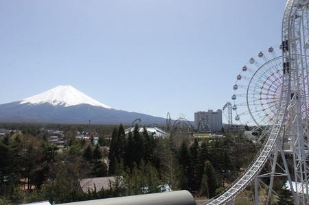 富士急ハイランドから見える富士山.jpg